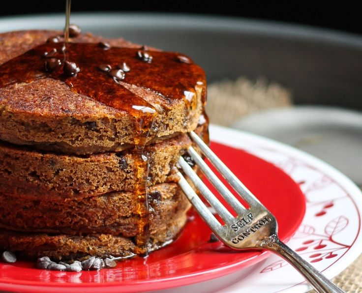 Vegan Pumpkin Spice Latte Chocolate Chip Pancakes! These taste like the Starbucks drink, but in pancake form. They are unbelievable rich in flavor and to die for. Oil-free, dairy-free and gluten-free!