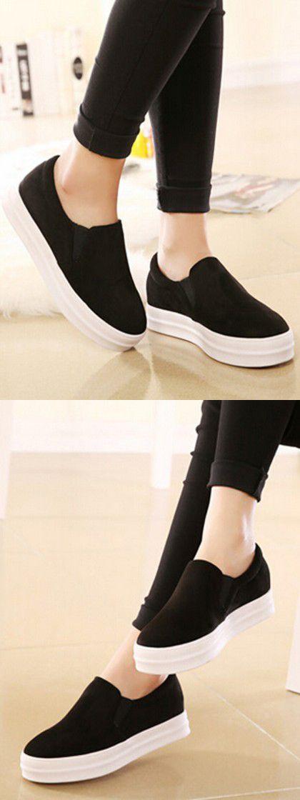 Black Round Closed Suedette Flat Shoes Choies