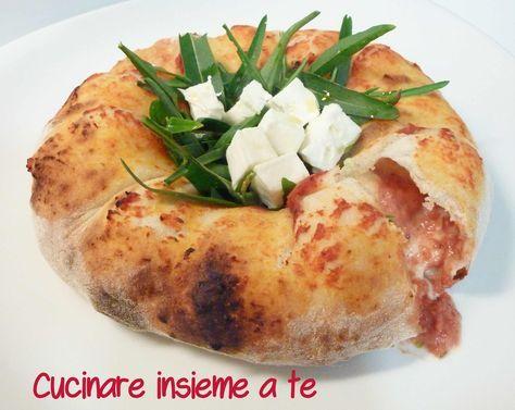 TARALLONE DI PIZZA, semplice, e gustosissimo, con La Zizzona di Battipaglia, tutto ha più gusto, un impasto base che si presta a mille e più usi, provalo.
