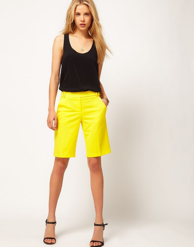love the yellow shorts.