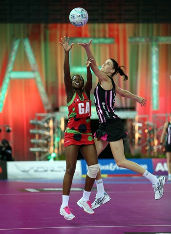 Fast5 Ferns make emphatic start to second day
