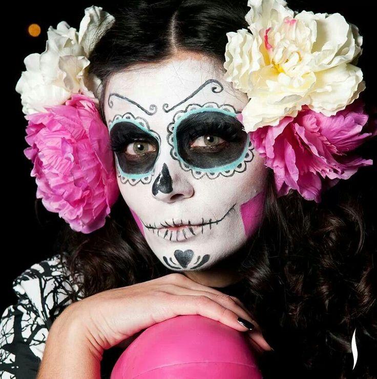 Die 25 besten mexikanische totenmaske ideen auf pinterest mexikanische sch del catrina - Mexikanische totenmaske schminken ...