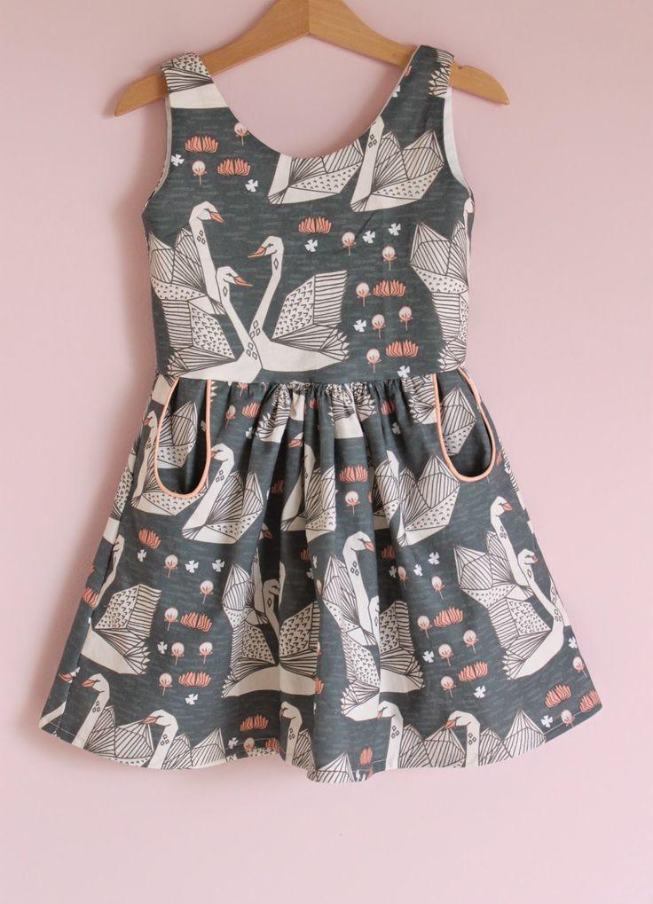 Jansen: Autumn Swans #designer #girls #fashion