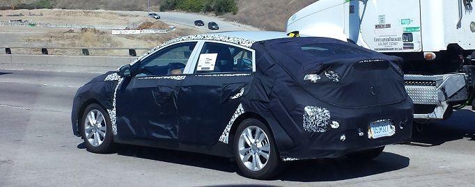 KIA spy shots. Seen on 57 freeway in Orange County   Car Spy Photos