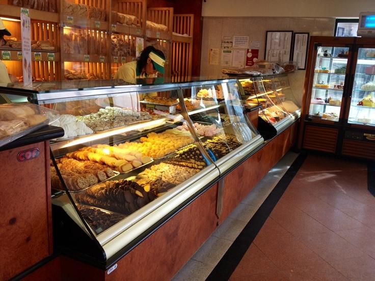 Review: Sacolinha Café in Cascais Portugal