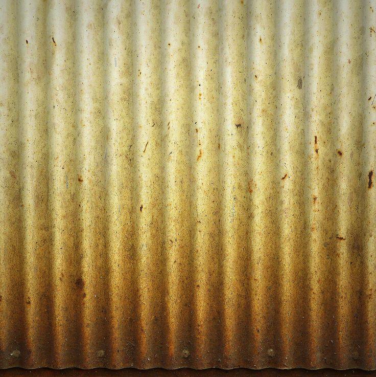 Simplicio - Degradado de oxido en chapa acanalada.