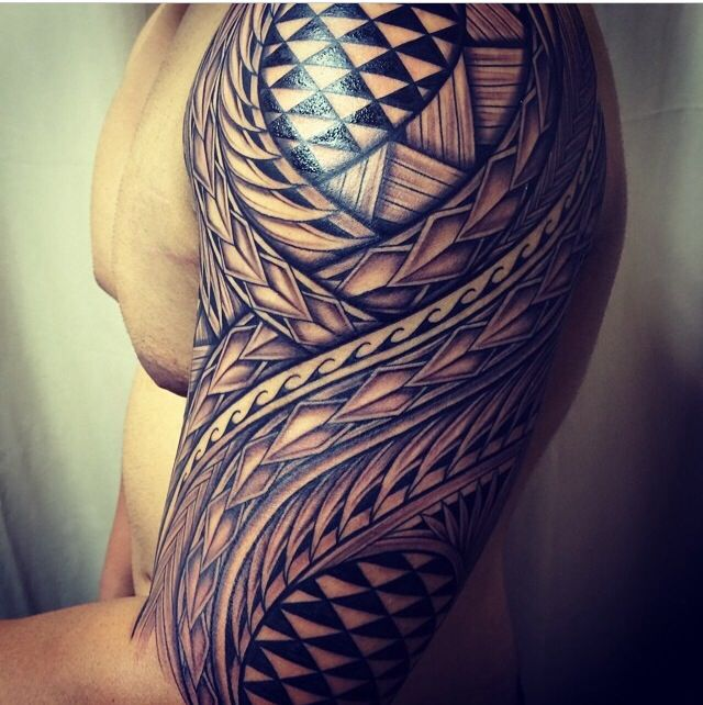 Done at Island Tat Tattoo Shop #samoan #tattoo