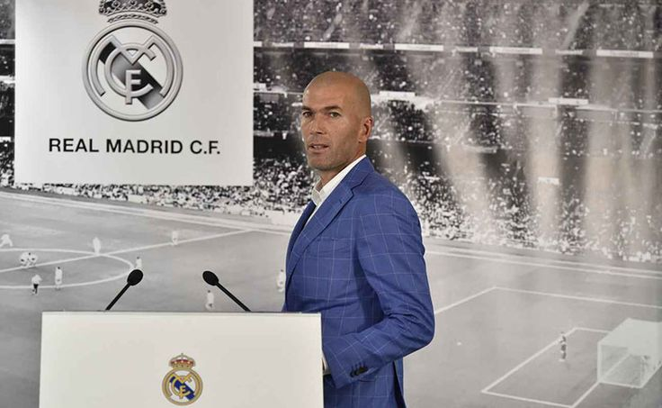 Zinédine Zidane a été nommé, lundi 4 janvier 2016, à la tête de l'équipe première du Real Madrid lors d'une conférence de presse tenue par le Président du club Florentino Pérez. L'ancienne star de l'Equipe de France et l'une des plus grandes stars du football mondial tente ainsi de s'affirmer en tant qu'entraineur, lui qui …