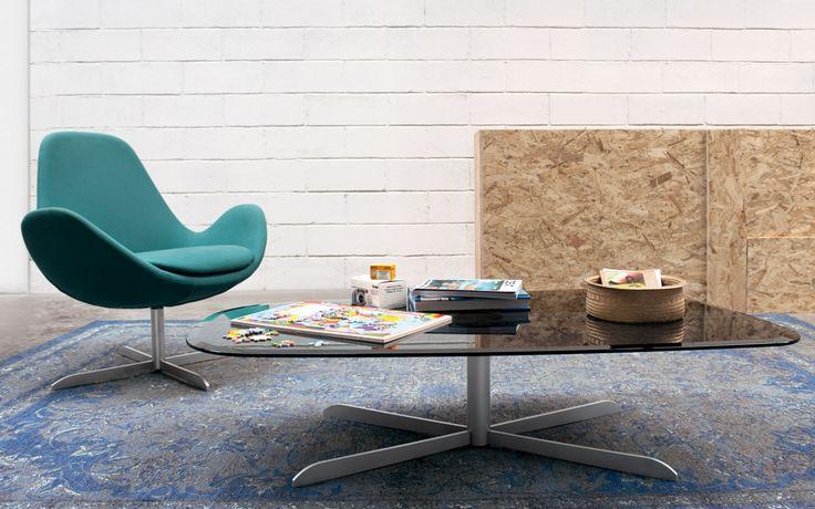 Sassi moderní skleněný konferenční stolek / coffee table with glass top