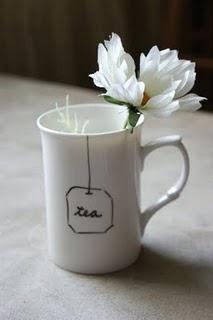 DIY - procelaine marker + mug = lovely teatime. Cute.