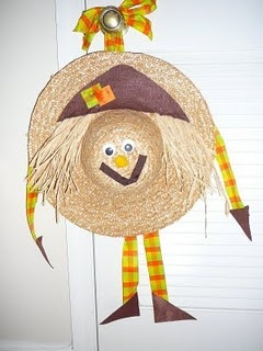 This is a scarecrow wreath I made from a straw hat!