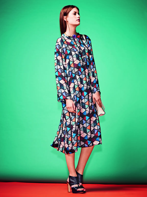Платье рубашечного покроя - выкройка № 122 В из журнала 7/2015 Burda – выкройки платьев на Burdastyle.ru