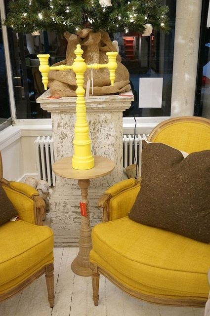 New Fab Yellow From Rodgers Of The Dunes Dunes And Duchess At Hudson In  Boston Ideas