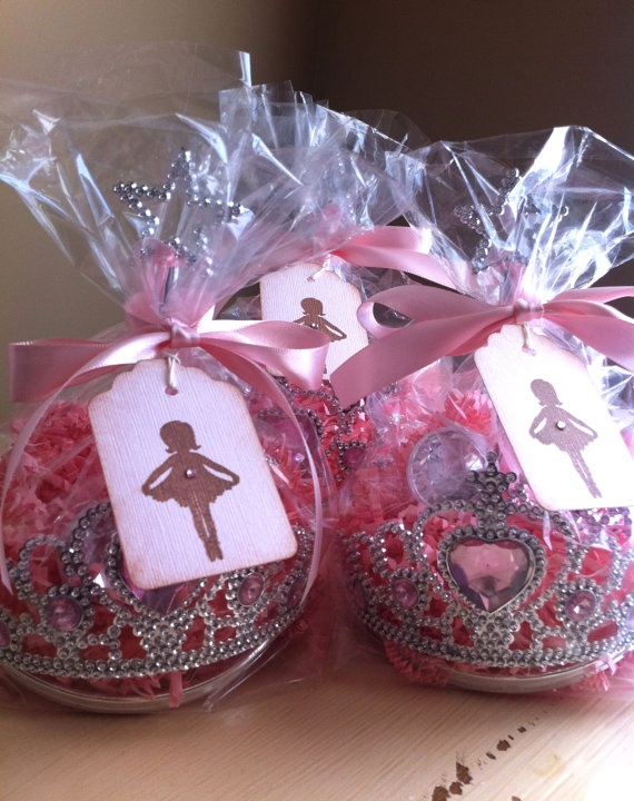 Ballerina Party Favors! So cute for a little girl birthday party! Would be cute for princess or ballerina.
