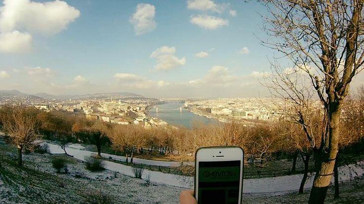 Και τώρα πάμε στην Ουγγαρία και πιο συγκεκριμένα στη πρωτεύουσα, τη #Βουδαπέστη, στο λόφο του Γκέλλερτ! Ο λόφος ονομάστηκε έτσι προς τιμή του Επισκόπου Γκελέρτ ο οποίος διέδωσε τον χριστιανισμό την Ουγγαρία.  Στην κορυφή του λόφου υπάρχει ένα φρούριο που χτίσθηκε από τους Βούρκους της Αυστρίας του 1850-1854 με σκοπό να ελέγχουν την πόλη μετά την αναστολή της Ουγγρικής επανάστασης για την ανεξαρτησία. Σε αυτόν το λόφο βρέθηκε ο φίλος Χρήστος και μας στέλνει την αγάπη του! Love you too Chris