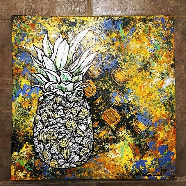 The newest creation from The Urban Gypsy ~ a custom piece for a Christmas present. #pineapple #mixedmedia #artistsoninstagram #edmontonmade #yegmade #art #theurbangypsy see more of my pieces for sale at www.theurbangypsy.ca ✈️