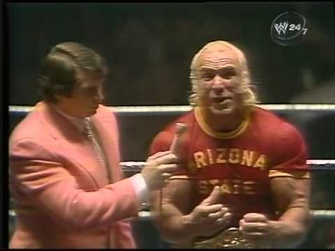 INTERVIEW WITH SUPERSTAR BILLY GRAHAM IN 1977 - YouTube