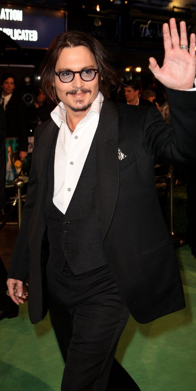 Google chrome themes johnny depp - Johnny Depp At Event Of Alice In Wonderland
