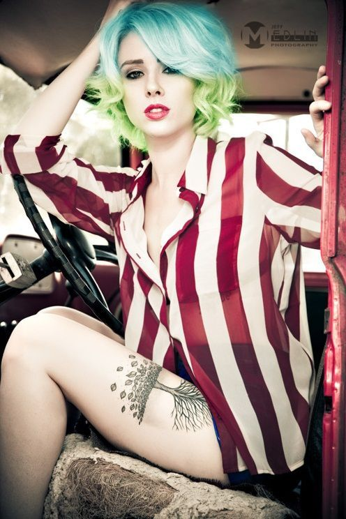 ombre short hair color light blue and green - Buscar con Google