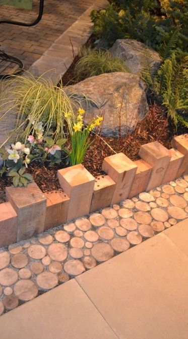 Simple 4 x 4's Edging & Sliced Branches As A Transition Border #garden #outdoors #xeriscape