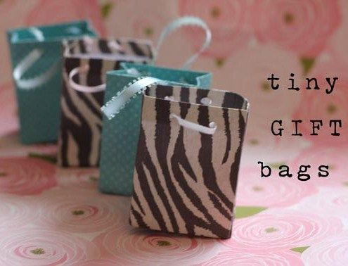 how to: tiny gift bags