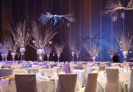 Elegant: Branches Centerpieces, Winter Wonderland Weddings, Blue Christmas, Winter Wonderland, Weddings Ceremony, Weddings Decoration, Winter Centerpieces, Winter Weddings Centerpieces, Hanging Lighting