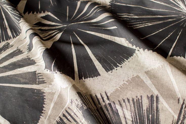 Daintree Fan Palm in Coal & Greylead