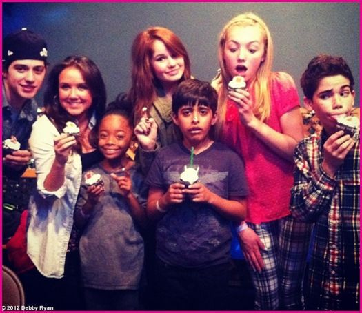 Debby Ryan and the cast of Jessie got Karan Brar cupcakes to top off Karan's birthday surprise. Lucky!!!!!!!!