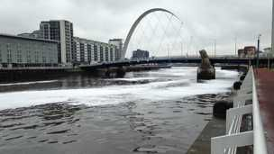 Foam on River Clyde