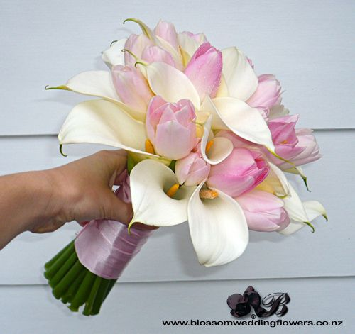 pink-tulip-white-calla-posy. I'm liking the lilies with the tulips
