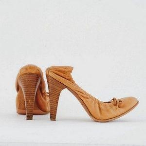 FERRE beige shoes size 35
