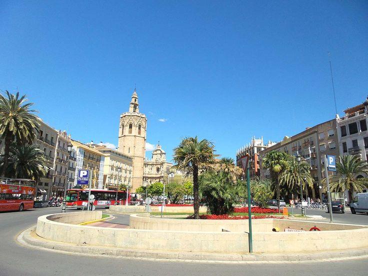 Op zoek naar de leukste hotspots in Valencia? Your Little Black Book heeft alle hippe adressen van restaurants tot upcoming wijken voor je op een rij gezet.