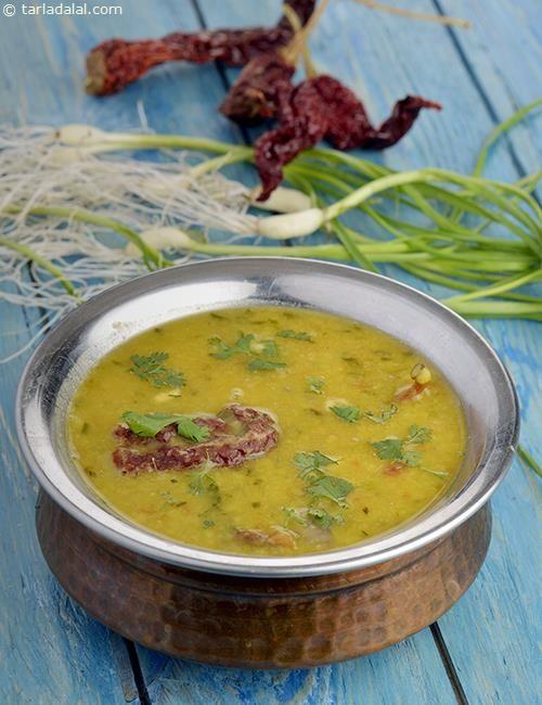 Hare Lehsun ki Toovar Dal recipe | Dal Recipes