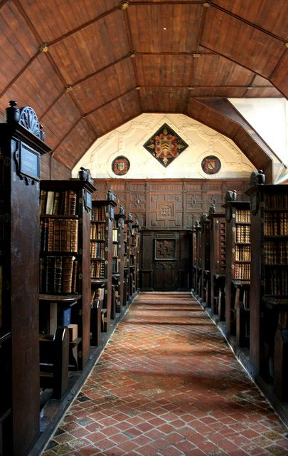 The The Upper Library, Merton College, Oxford. The oldest academic library in the world cira 1373