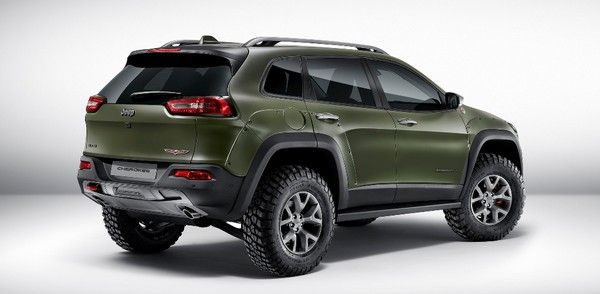 Jeep Cherokee Trailhawk in military matte green color