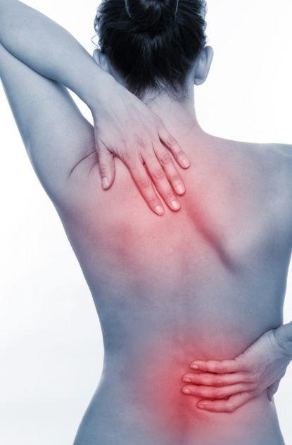 Co jeść, a czego unikać, aby ograniczyć stan zapalny i bóle związane z chorobami reumatologicznymi? Mimo postępu medycyny, podłoże i precyzyjne przyczyny występowania określonych chorób reumatologicznych, uznawanych za autoimmunologiczne, nie są do końca poznane. A zdiagnozowanych jednostek chorobowych jest już ponad 200! Wiemy, że znaczącą rolę odgrywają geny, które mogą predysponować wielu ludzi do nasilających...Read More »