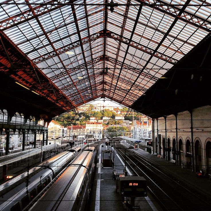 Direction #Paris ... Gare de Lyon-Perrache ! By Caroline Capelle Tourn
