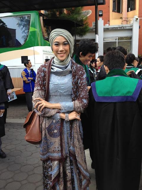 like her hijab style