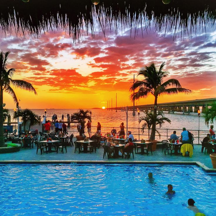 Places To Visit In Florida In April: Florida Bars And Restaurants With The Best Water Views
