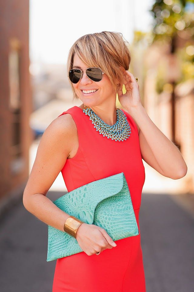 < turquoise + coral >