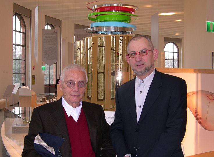 Roberto Remi e Alessandro Mendini (27 marzo 2010)  Terza Triennale Design Museum. Milano 2010 -'11