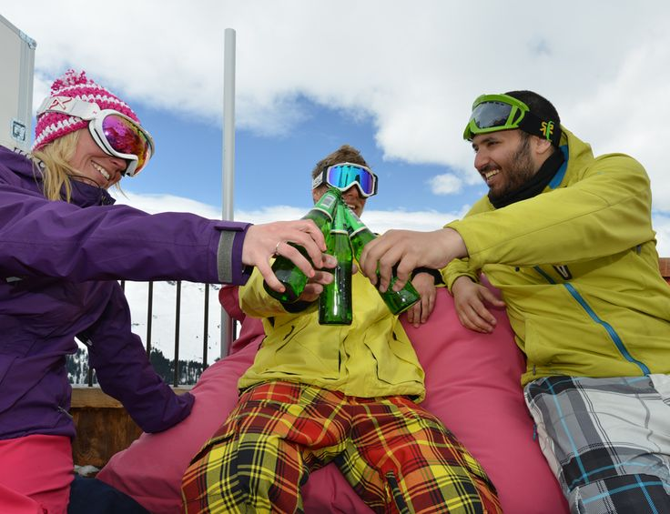 Apres ski in the mountains on your ski holiday! Short ski breaks and full weeks with Skiweekends.com #loveski