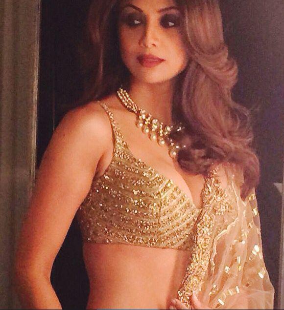Shilpa Shetty cleavage