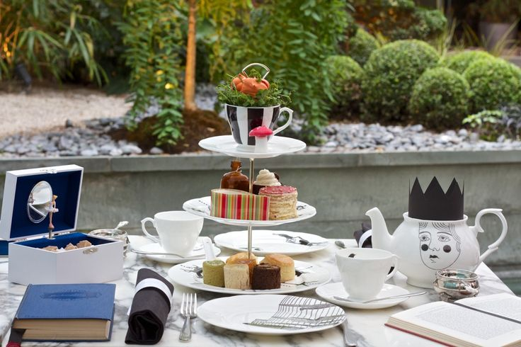 Alice in Wonderland afternoon tea @ The Sanderson Hotel - London.  My best and I are having tea there today <3