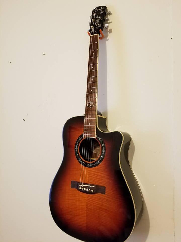 Fender Acoustic/Electric Guitar