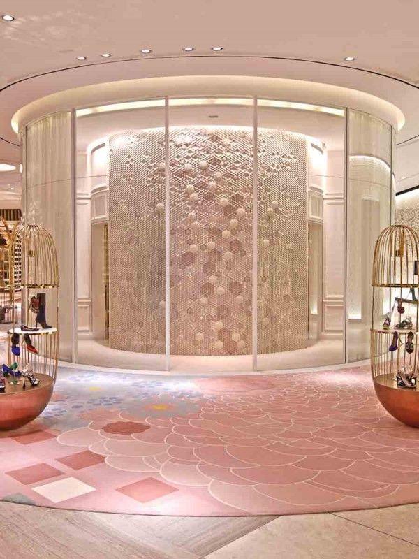 Dubai mall level shoe district esagoni giles miller for Hotel dubai design district