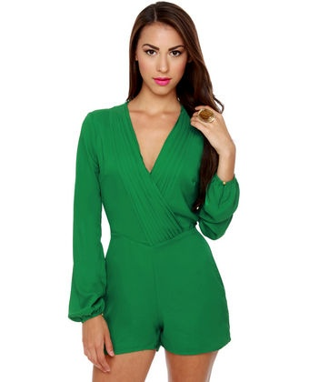 LOVE this! I would want it in black...add some jewelry, a clutch, and knee high boots! Ready!: Color, Looks Se Green, Fashion Land, Bond Girl, Green Rompers Lov, Style Pinboard, Style Chameleons, Looks Green, Kelly Green