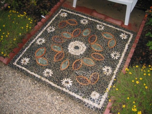 Persian rug pebble mosaic