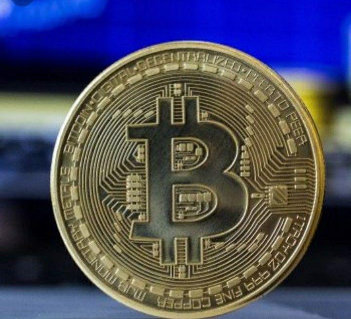 digitális valuta bitcoin)