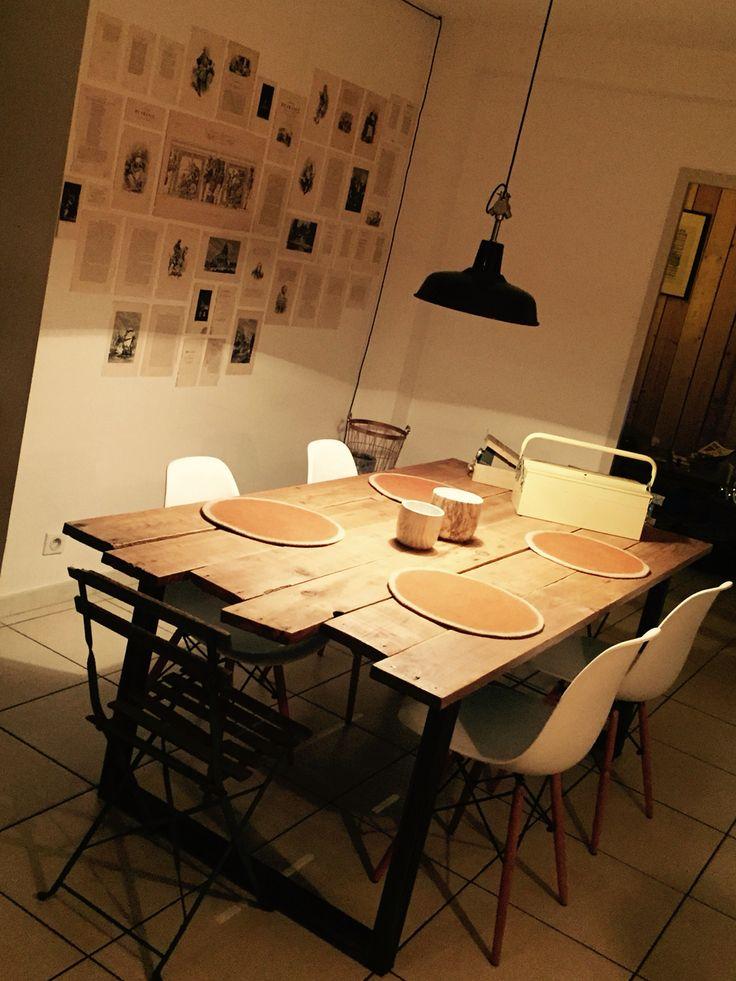 Planche Coffrage Pas Cher #15: Table En Planche De Coffrage Et Châssis Fer